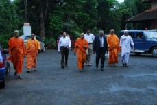 Swamiji escorting the guests